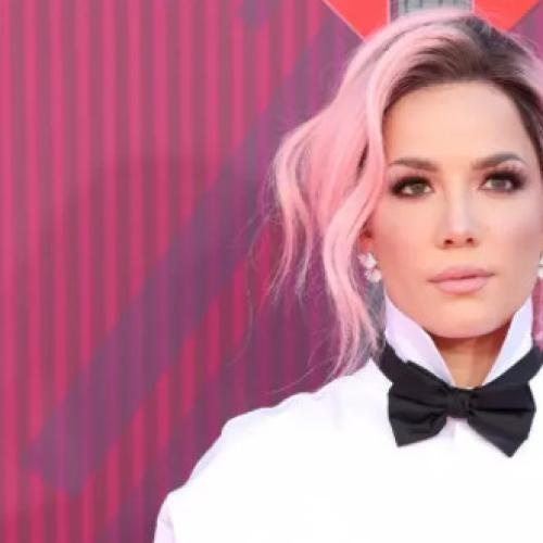 Halsey Sings Through Scary Wardrobe Malfunction