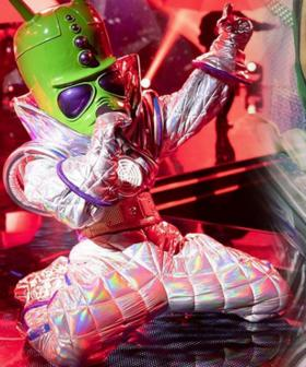 Nikki Webster Sings 'Youngblood' As The Alien On The Masked Singer