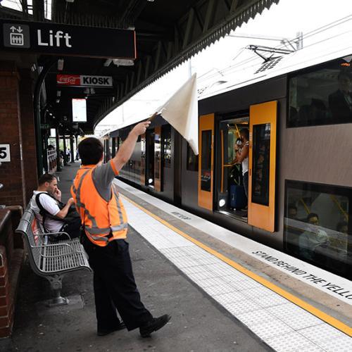 Major Delays On Sydney Trains After Derailment Near Circular Quay