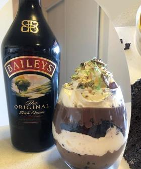 An Internet Queen Has Made A Baileys PARFAIT Out Of A Woolies Mudcake!!