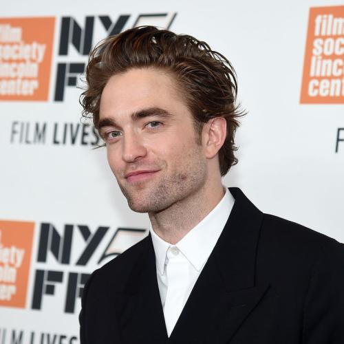 Robert Pattinson May Have COVID-19, Stopping Batman Production!