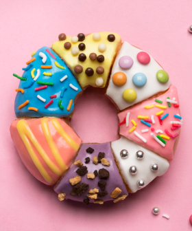 Krispy Kreme Is Doing DIY Doughnut Decorating For Xmas!