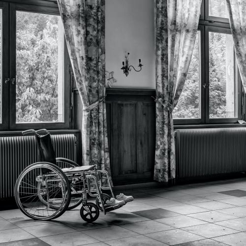 AWFUL OR NOT? Girl Wants To Leave BF After He Becomes Wheelchair Bound