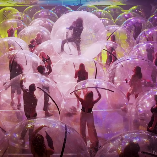 Flaming Lips Concert In USA Provides INSANE Solution For Mosh Pit Social Distancing
