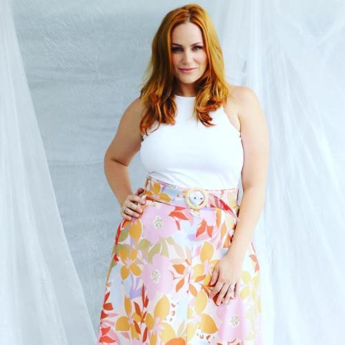 Jules Robinson Shames Online Trolls Calling Her 'Fat'